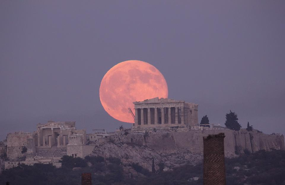 MoonParthenon-Chris-Kotsiopoulos