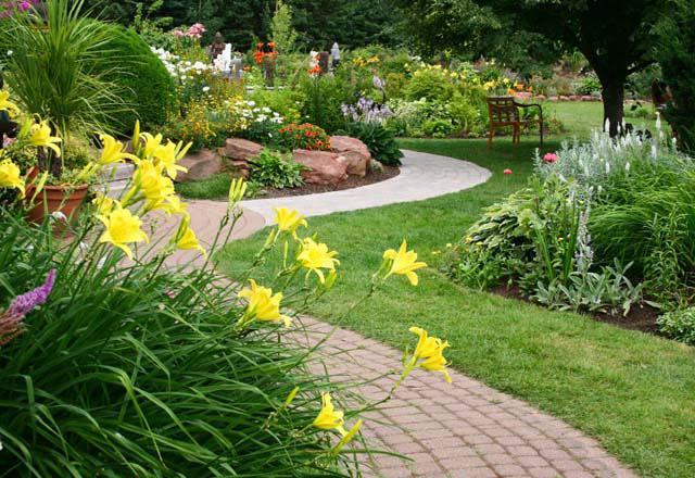 gardenpavement