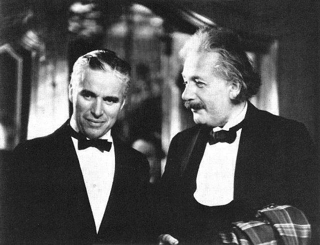 Charlie_Chaplin_and_Albert_Einstein
