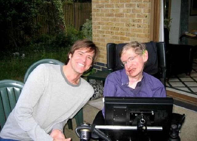Jim_Carrey_and_Stephen_Hawking